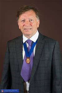 Profile image for Councillor Mr Gordon Perham